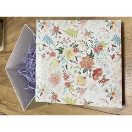 Коробка подарочная Яркие Цветы 25*15*10 см